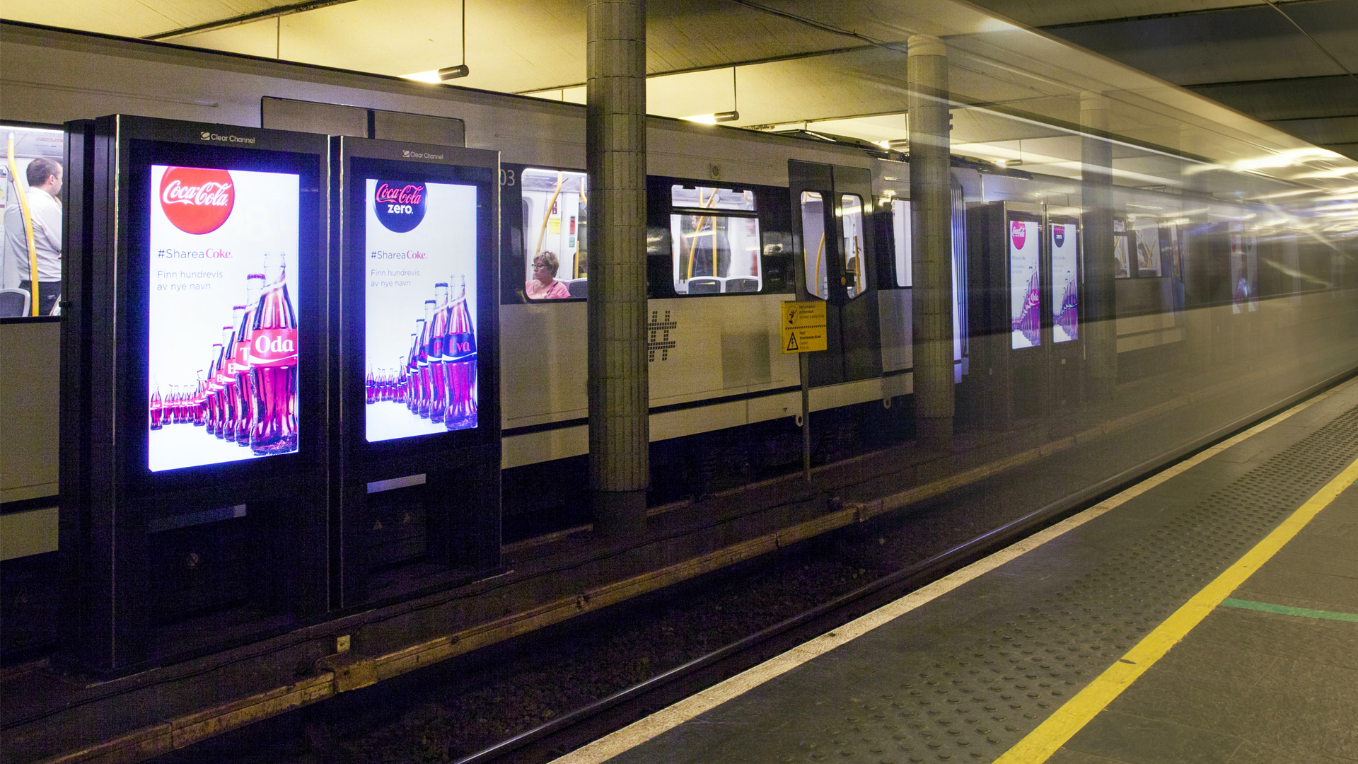Clear Channel Norway Metro Matrox Maevex H264 Digital Signage