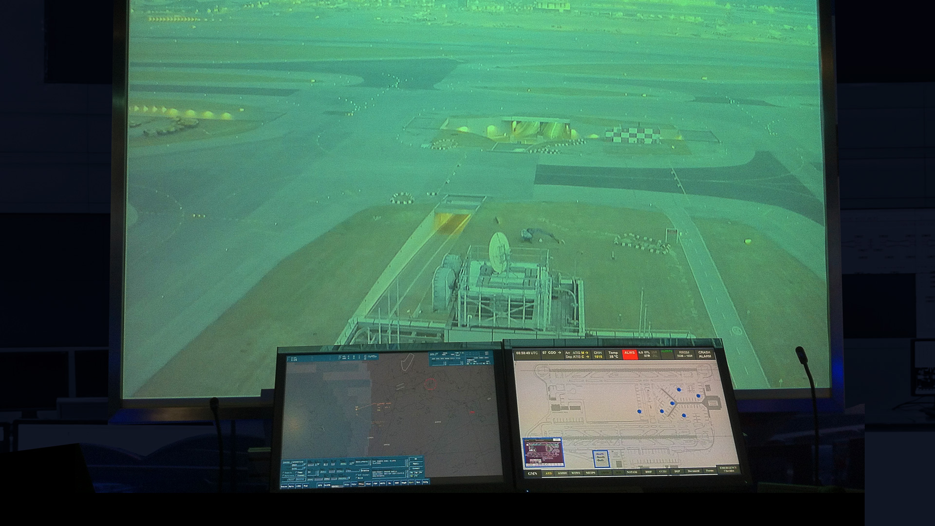 HKCAD uses Matrox Maevex H.264 encoder and decoder devices to stream live, low- bandwidth aircraft traffic footage.