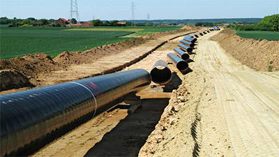 Pieces of a pipeline ready for installation