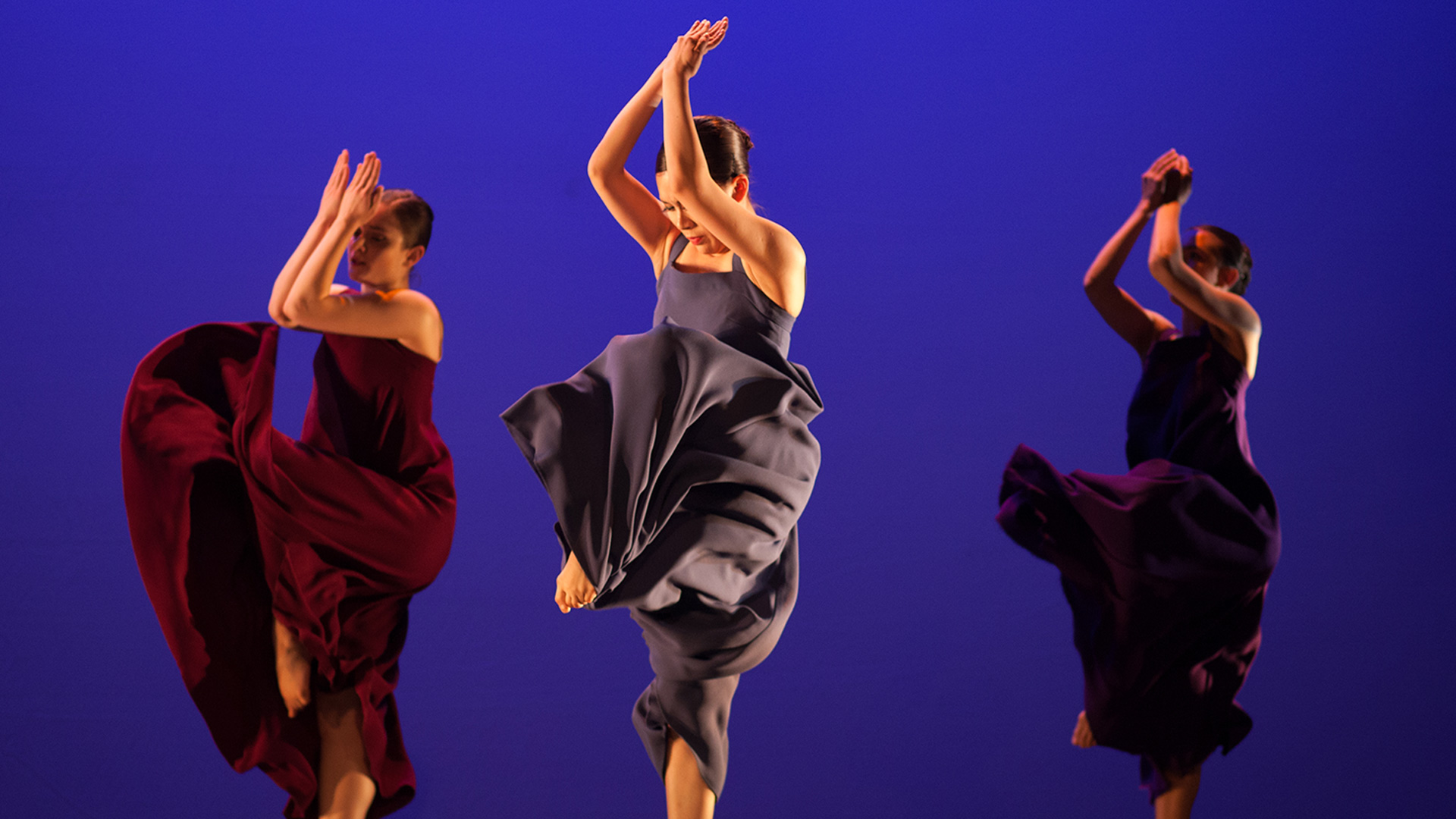 Dance performances are simultaneously streamed and recorded using Matrox Monarch HDX.