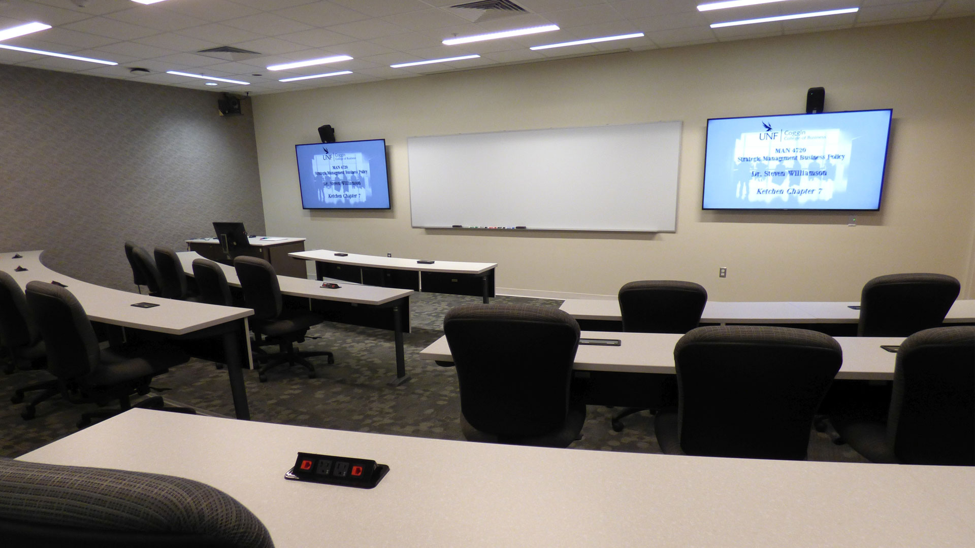 Distance learning classroom facility where lectures are recorded by the Monarch HD