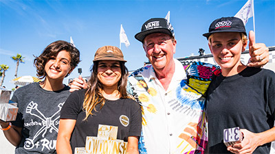 Finalists at the Vans Showdown women's competition.